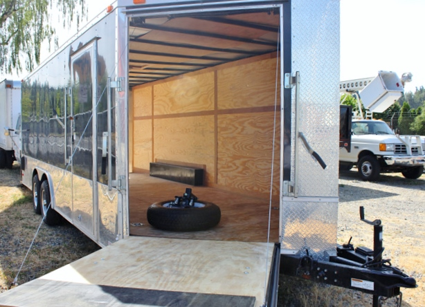 2011ES.I.  2011 BENDRON TITAN 24 Ft. V-Nose Enclosed Cargo Trailer from Town & Country Trailer Sales, Kent (Seattle) WA