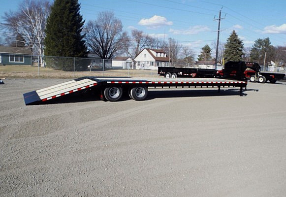 FBGN.A. FBGN Series Gooseneck Flatbed Trailers from Town and Country Commercial Trailer and Truck Sales, Kent (Seattle), WA