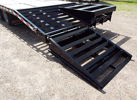 FBGN.E. FBGN Series Gooseneck Flatbed Trailers from Town and Country Commercial Trailer and Truck Sales, Kent (Seattle), WA