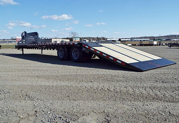 FBGN.G. FBGN Series Gooseneck Flatbed Trailers from Town and Country Commercial Trailer and Truck Sales, Kent (Seattle), WA