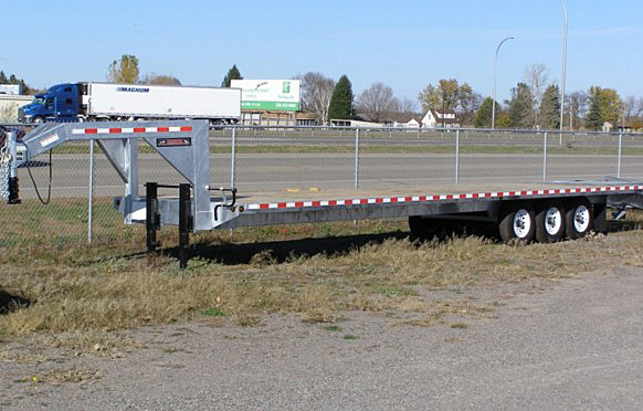 STO.I. STO Series Skid Steer Trailers from Town and Country Commercial Trailer and Truck Sales, Kent (Seattle), WA