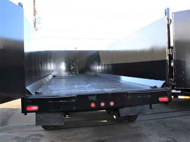 6090.L. 2006 C&B 20 ft. Tall-Sided Gooseneck Trailer from Town and Country Commercial Truck and Trailer Sales, Kent (Seattle), WA