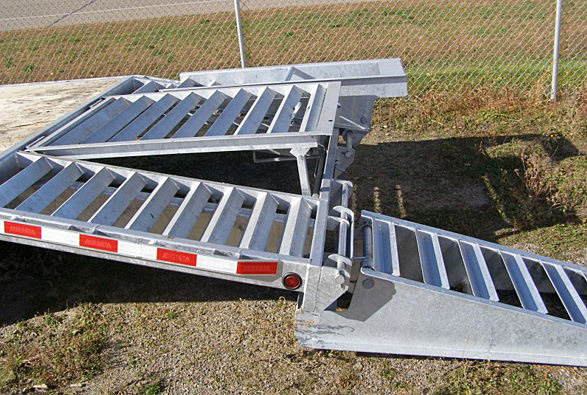 STO.K. STO Series Skid Steer Trailers from Town and Country Commercial Trailer and Truck Sales, Kent (Seattle), WA