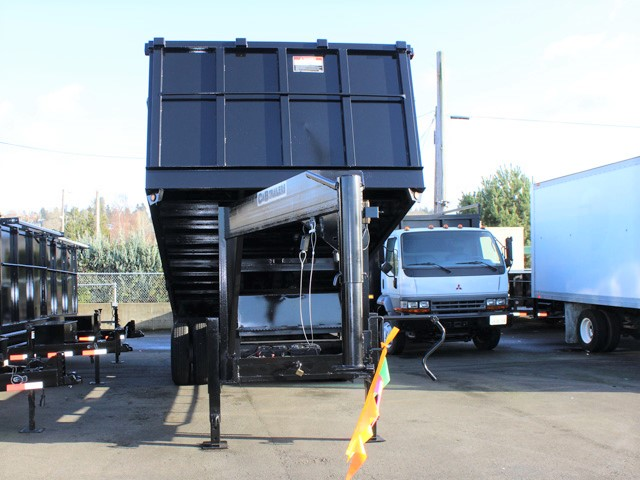 6090.B. 2006 C&B 20 ft. Tall-Sided Gooseneck Trailer from Town and Country Commercial Truck and Trailer Sales, Kent (Seattle), WA