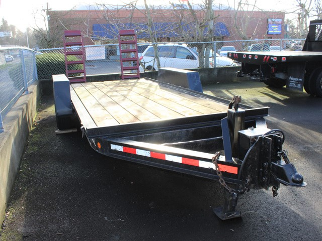 6095.B.  2001 Tow Master 16 ft. Equipment Trailer from Town and Country Commercial Truck and Trailer Sales, Kent (Seattle), WA