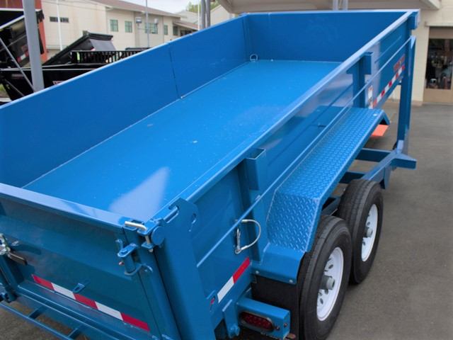 HV17. Midsota Versadump HV Series commercial grade dump trailers from Town and Country Truck / Trailer, Kent (Seattle) WA.