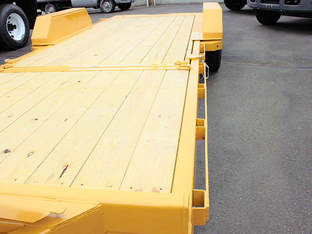 6549.F. 2021 Midsota TB 22 tilt bed trailer from Town and Country Truck and Trailer Sales, Kent (Seattle), WA.