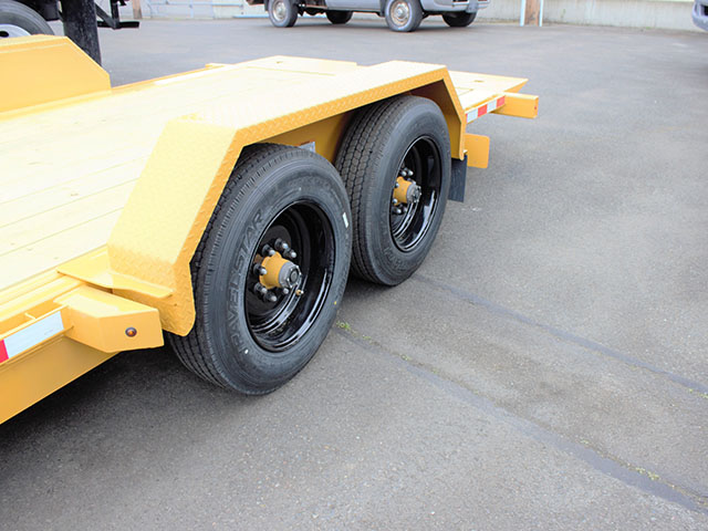 6549.H. 2021 Midsota TB 22 tilt bed trailer from Town and Country Truck and Trailer Sales, Kent (Seattle), WA.